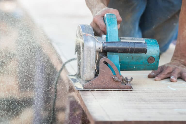 track saw vs circular saw with guide rail